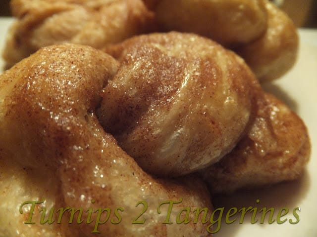 Cinnamon Knots are Simply Good