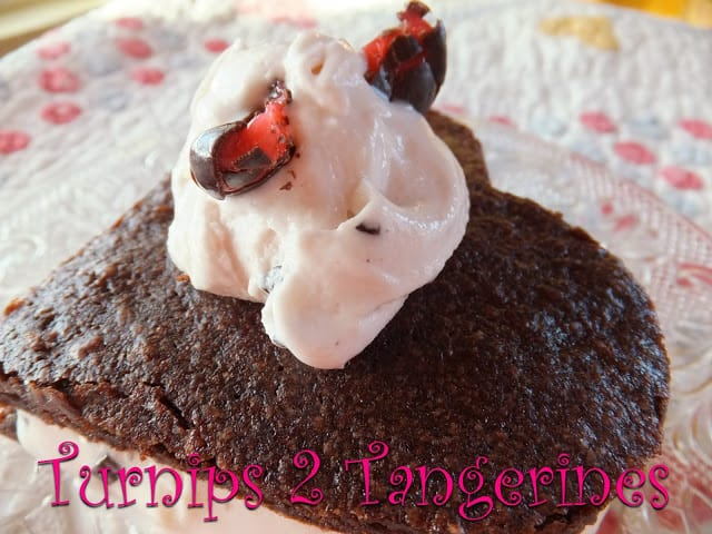 Heart Shaped Brownie Sundaes