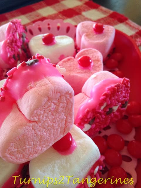White Chocolate Dipped CupidMallows