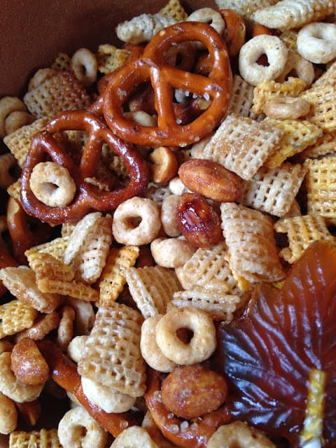 Maple Glazed Snack Mix