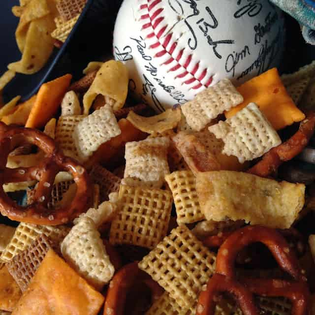 Home Run Snack Party Mix