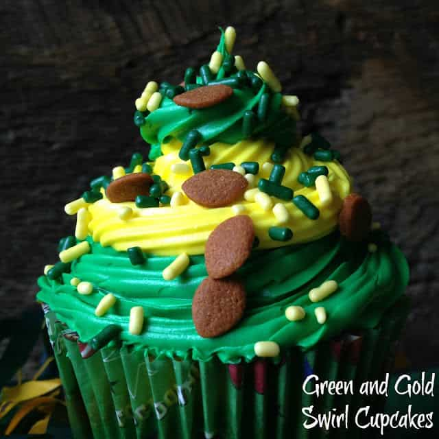 Green Bay Packer Swirl Cupcakes
