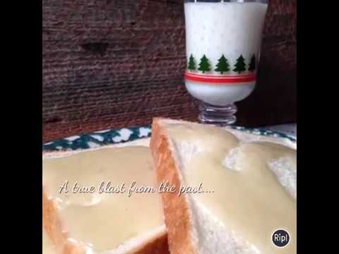 Gravy over Texas Toast/Bread